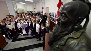 Pompeo bekeményít: nem akar amerikai földön több Konfuciusz Intézetet látni