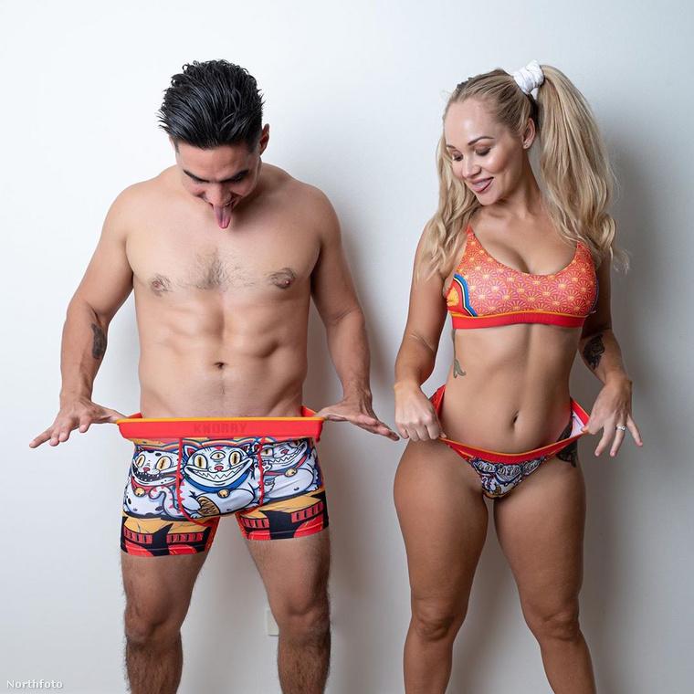 Szolgáltatásai között szerepel, hogy ha a férfiak küldenek neki egy képet a péniszükről, 50 dollárért, vagyis 15 ezer forintért elárulja nekik, milyen pózban és hogyan szexeljenek, ha nemcsak maguknak, hanem párjuknak is örömet kívánnak nyújtani