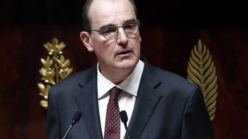 Százmilliárd eurós mentőcsomagot jelentett be a francia kormány
