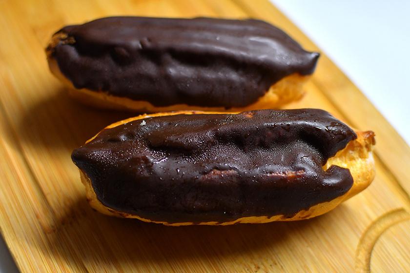 Látványos Ekler-fánk krémes vaníliatöltelékkel – Így készítve lesz tökéletes az égetett tészta