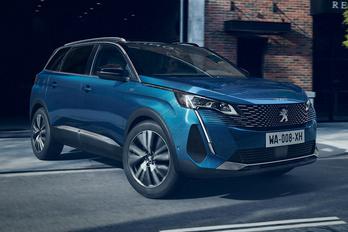 Az 5008-as is megkapja a Peugeot új arcát