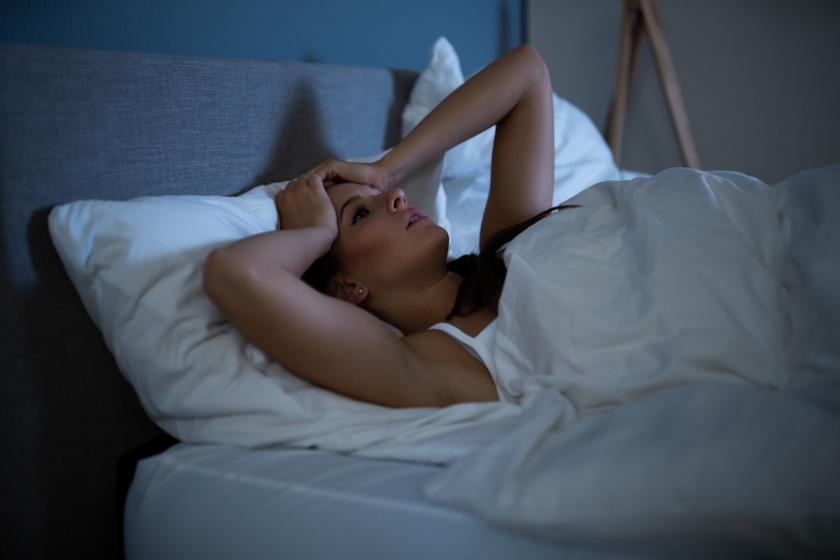 Hormonzavarok az éjszakai izzadás hátterében: 4 állapot, ami fokozott verejtékezéssel jár