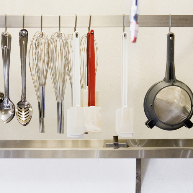 10 tárgy, amitől sürgősen szabadulj meg a konyhádban – Tényleg csak a helyet foglalják