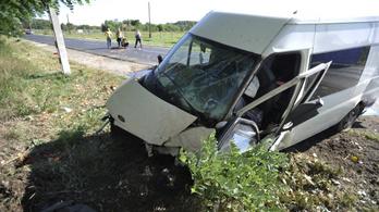Közlekedési balesetek: Csak ma fél tucatnyi ember veszítette életét