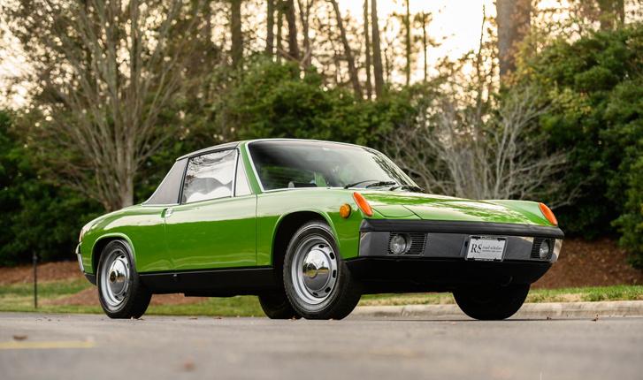 Amikor kellett a 912 helyett egy olcsó modell, a VW és a Porsche közösen előrukkolt a VW-Porschével