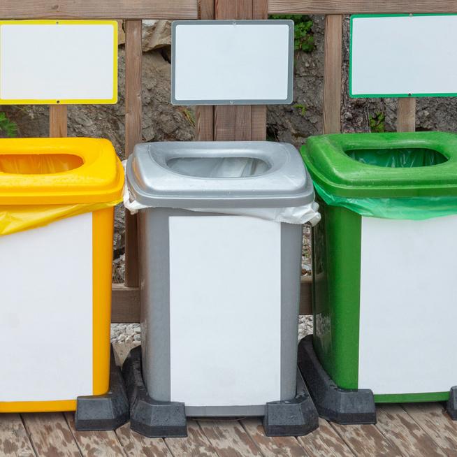Tudod, hogy melyik hulladékot hova kell dobni? A chipses zacskó nem újrahasznosítható