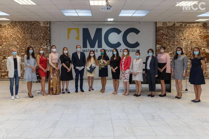 Az MCC női vezetőképzőjének 2020-as végzősei