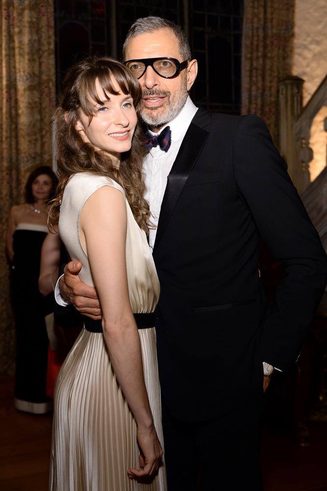 A 67 Jeff Goldblum szíve választottja, Emilie Livingston, táncosnő pont 30 évvel fiatalabb a színésznél