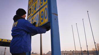 Jön az olcsóbb benzin?