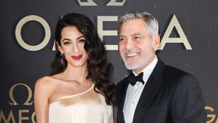 Hollywoodi férfi sztárok, akik jóval fiatalabb párt választottak maguknak