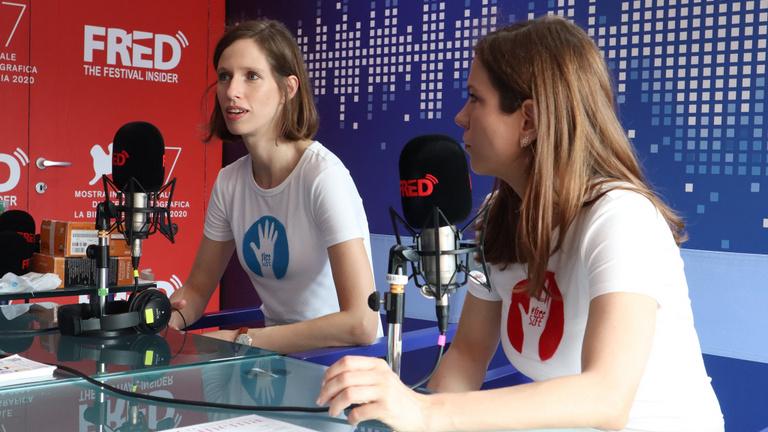 Mundruczó Kornél után a másik magyar film alkotói is #free SZFE pólóban álltak a világ elé a Velencei Filmfesztiválon