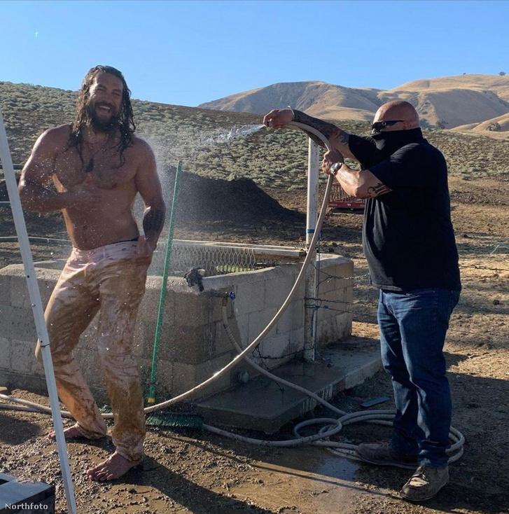 Jason Momoa a Dűne forgatásán