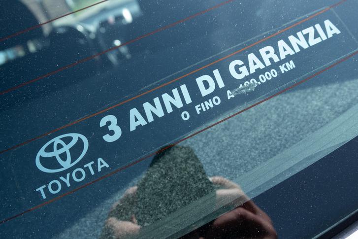 Ha ezt látod, a kocsi olasz eredetű, örülni kell ennek, mert sok sót biztos nem látott