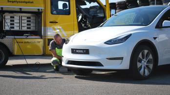 Már a Tesla sem menthetetlen