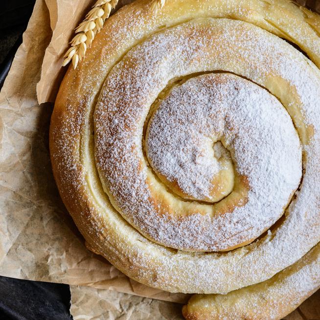 Foszlós, vajas spanyol péksüti – Mallorca kedvence az ensaimada