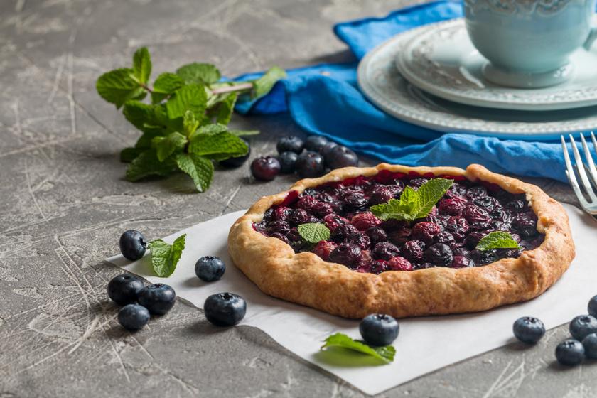 Házi áfonyás, citromos galette sok gyümölccsel: a franciák mennyei pitéje
