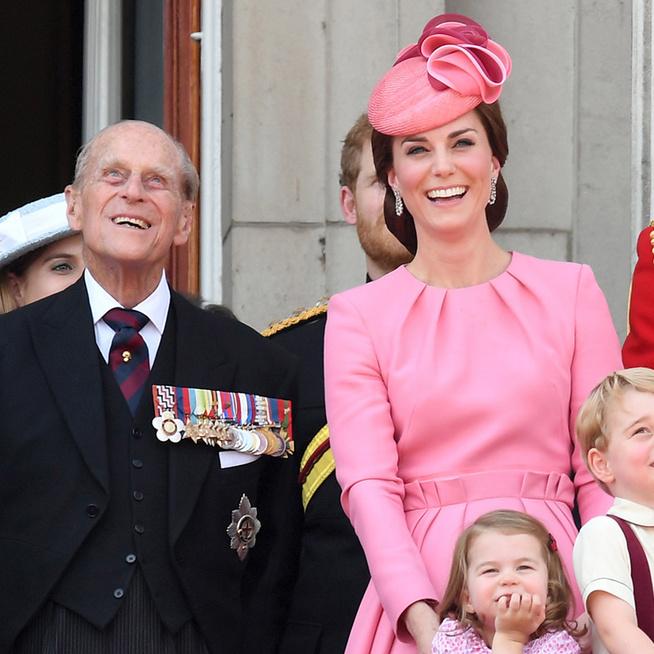 Mit esznek a királyi család tagjai? Fokhagymát egyáltalán nem fogyasztanak a Buckingham-palotában