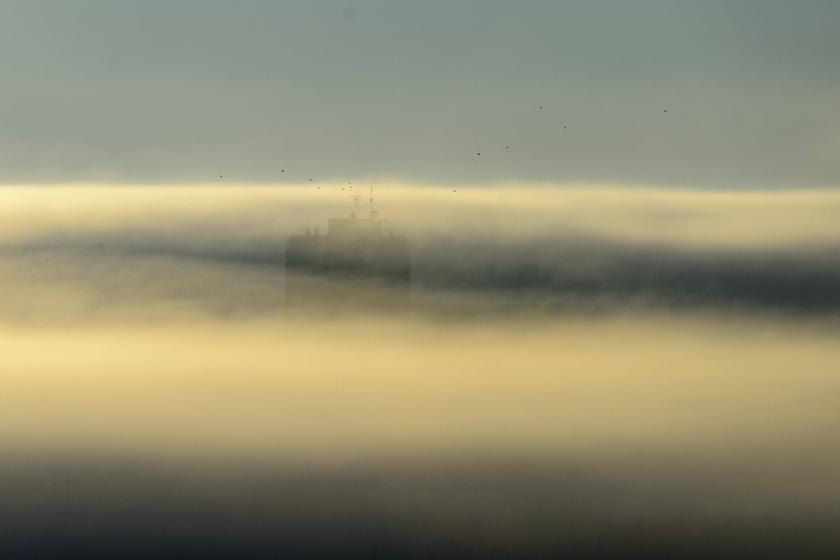 Hatalmas köd borult Bátorterenyére és a környező kis falvakra, az épületeket is alig lehetett látni.