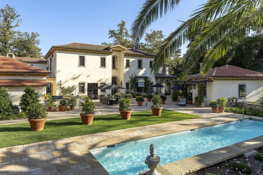 Katy Perry és Orlando Bloom Montecitóban találták meg álomotthonukat, Harry hercegék is itt élnek.