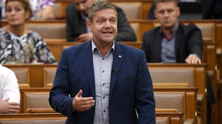 MSZP-elnök az Indexnek: Rendet akarok teremteni a pártban
