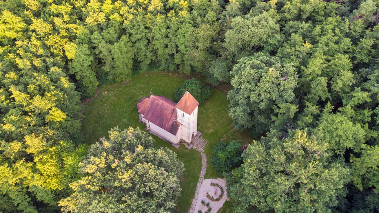 Az Őrség 7 legszebb temploma: varázslatos környezetben állnak a szakrális építmények