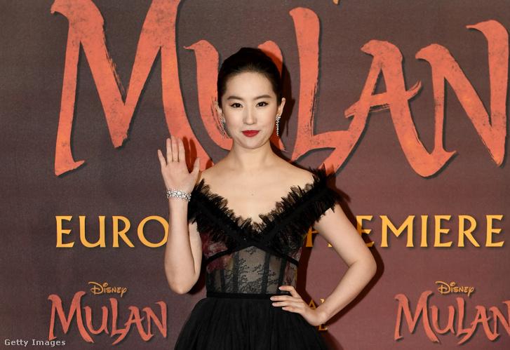 Liu Yifei A Mulan londoni bemutatóján