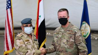 Kivonja Irakból csapatai harmadát az Egyesült Államok