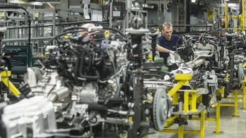 Egy év alatt mintegy kétszázezer Mercedes készült Kecskeméten