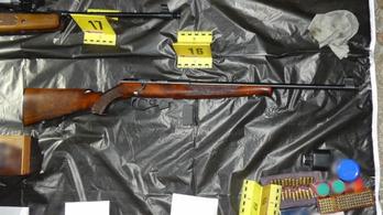 Illegális fegyverarzenált találtak egy német férfi magyarországi házában