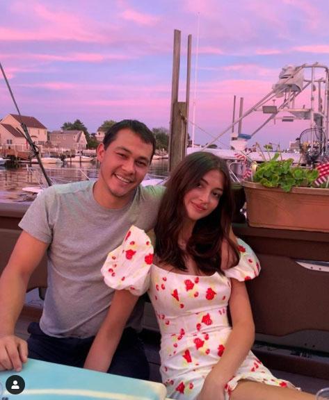 Ez a fotó még júliusban készült Rachelről és a séfről.
