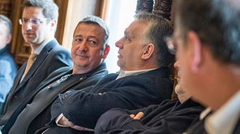 Bayer Zsolt: Nehogy már nekem az Orbán Viktor intézi a vári lakást, mert mindjárt felzokogok!