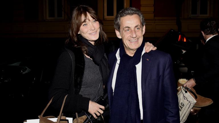 Vittem apám nőjét: Sarkozy felesége is főszereplő a botránykönyvben