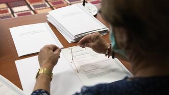 Már 110 ezer diplomát állítottak ki nyelvvizsga nélkül