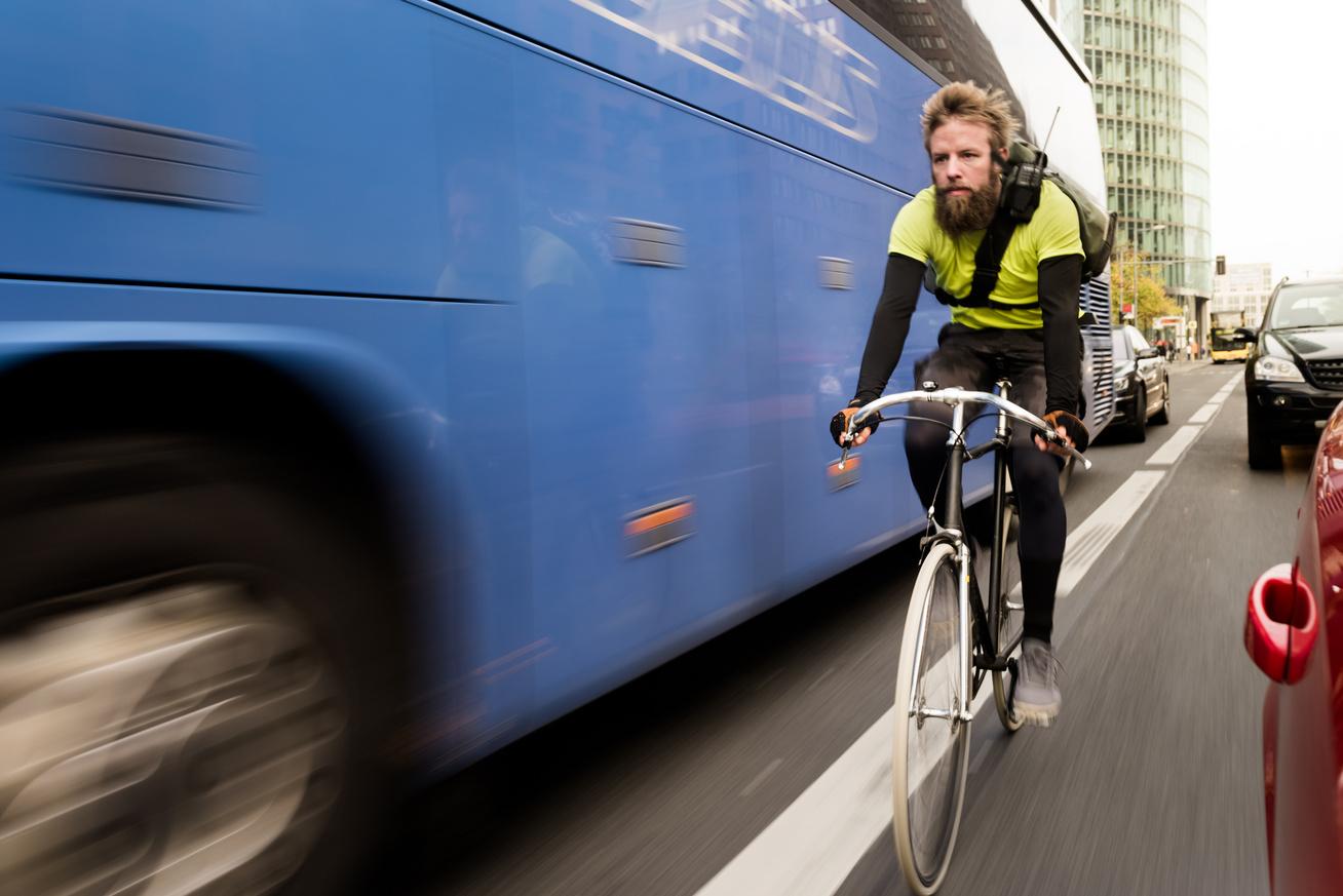 bicikli-kerékpár-közlekedés