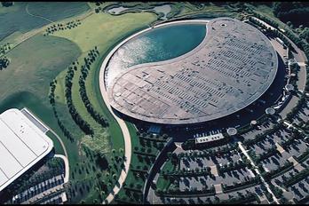 Kénytelen eladni saját központját a McLaren