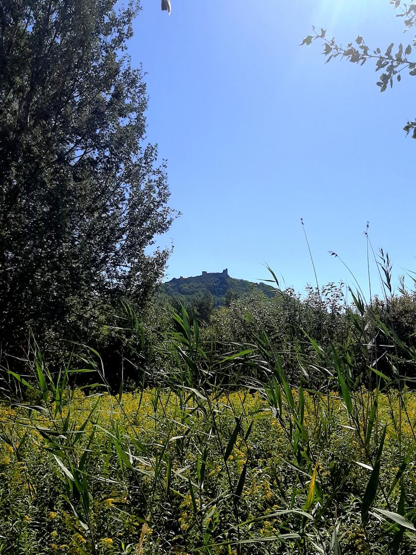 A magasban a Szigligeti vár
