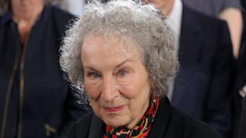 Margaret Atwood az irodalom béketeremtő erejét ünneplő életműdíjat kap