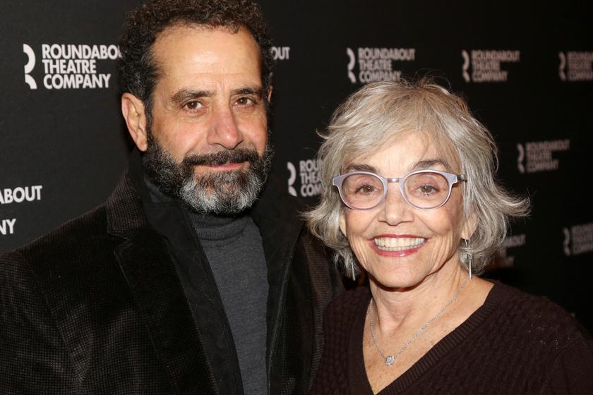 Tony Shalhoub és felesége, Brooke Adams.