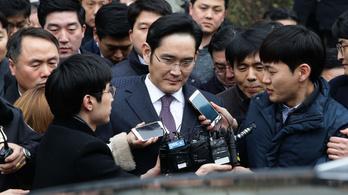 Vádat emeltek a Samsung-örökös ellen