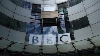 Több mint hétszáz női munkatárs fizetését emelte a BBC, amióta kitört a botrány
