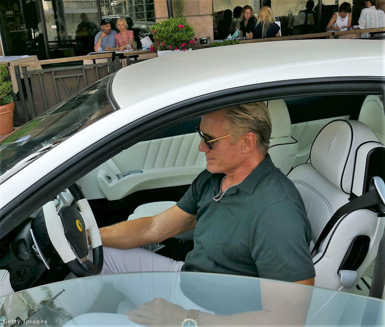 Dolph Lundgren üzleti ebéden járt a héten