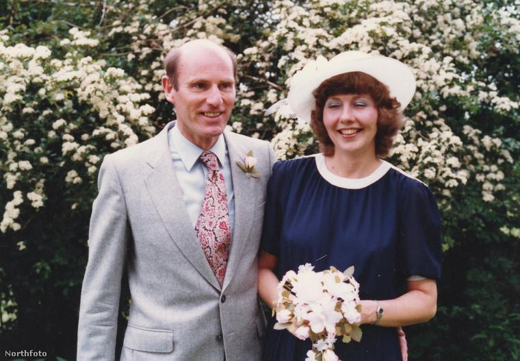 Ők Tony és Jo Williams, a kép az esküvőjükkor készült