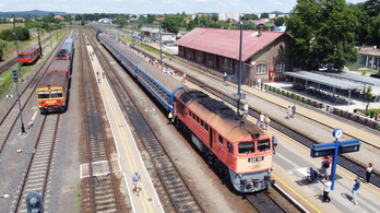 Újra jár a vonat Tapolcára