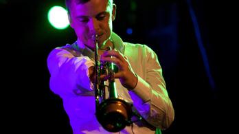 Barabás Lőrinc koncert élőben az Indexen