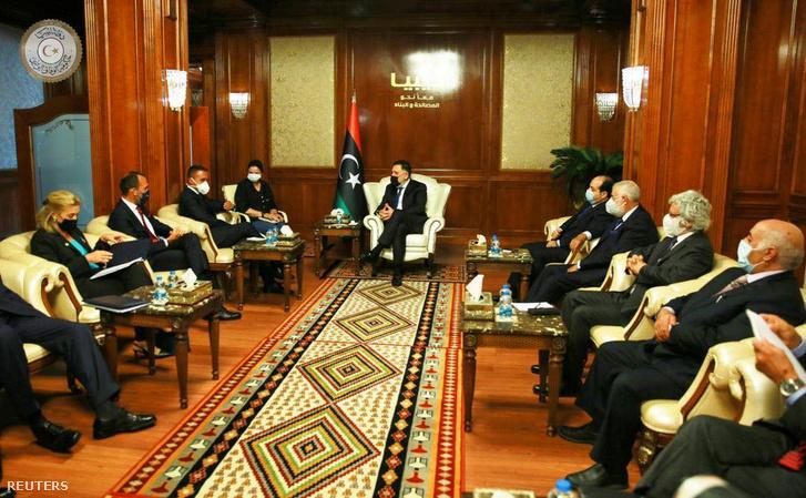 Fajez Szarrádzs találkozója Kuigi Di Maioval Tripoliban 2020. szeptember 1-én