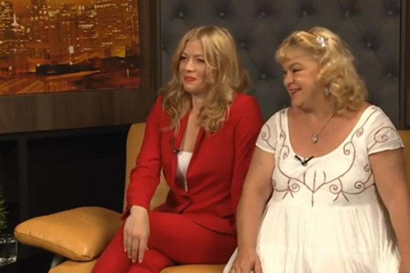 Oszvald Marika és lánya, Hídvégi Krisztina a Hatoscsatorna Párosan szép... című műsorában 2020 áprilisában.