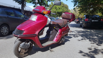 A Honda Spacy feltámasztása