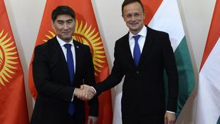 Budapesten a kirgiz külügyminiszter
