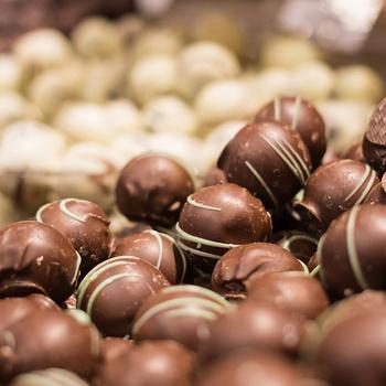 Gombóc Artúr szeme könnybe lábadna a hétvégén – A csokoládét ünneplik Budapesten