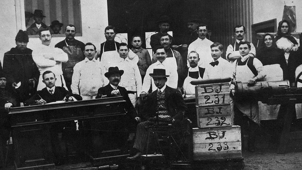 A Gyulai Húskombinát az ország egyik legnagyobb múltú húsipari vállalata, 1868-at, az első gyulai vágóhíd átadásának évét tekinti alapításának